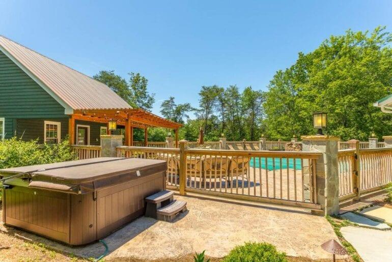 airbnb retreat chatanooga