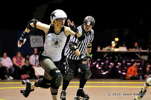 Wheezy jamming in a 2010 Cincinnati Rollergirls game at the Cincinnati Gardens