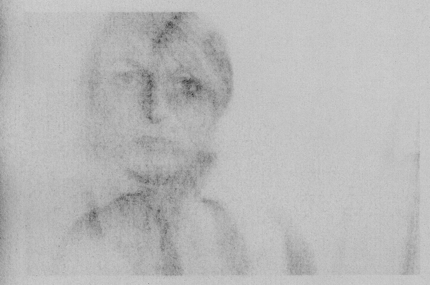 Paper-Portrait-Elisa-Migda-La nuit remue