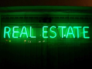 Real-estate-neon