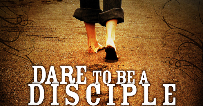 Here is a free youth group lesson to teach students the importance of Discipleship.