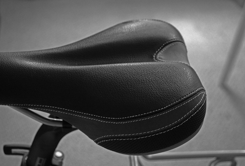 Closeup Photos of a NAKED Bicycle!!