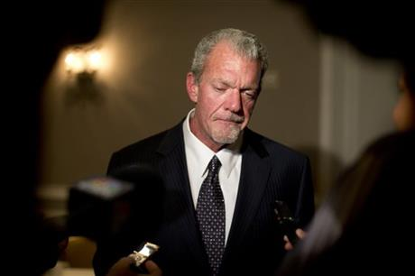 FOX, POLIAN CHIDE IRSAY FOR CRITICIZING MANNING