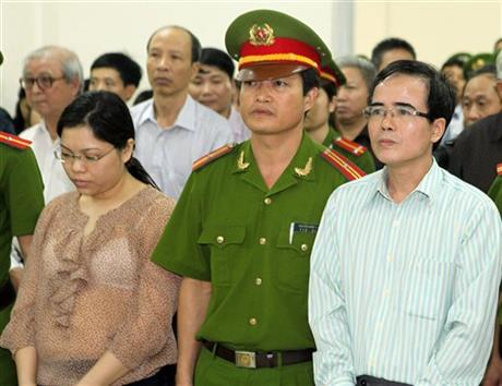 VIETNAM DISSIDENT SENTENCED TO 30 MONTHS IN JAIL
