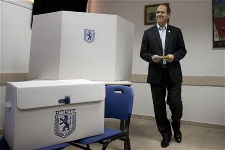 JERUSALEM MAYOR FIGHTS TO HOLD SEAT IN LOCAL VOTE