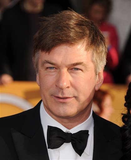 Baldwin denies relationship with stalking suspect