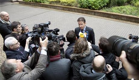 EU officials praise Ireland, haggle over banks
