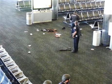 Gunman kills TSA officer at LAX, wounds 2 others