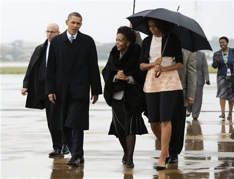 OBAMA IN SOUTH AFRICA FOR MANDELA MEMORIAL SERVICE