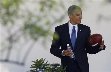 Obama: Too little info about youth concussions