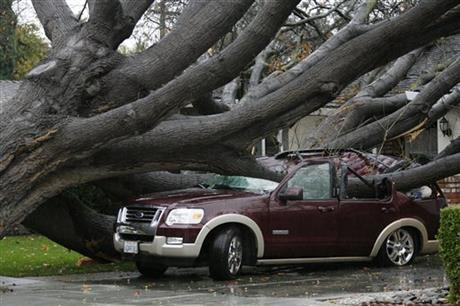 California storm hits south after drenching north