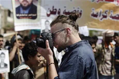 American, South African hostages killed in Yemen