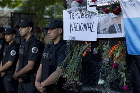 Test of gun finds only DNA of deceased Argentine prosecutor