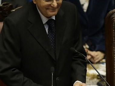 Italy's new president decries corruption, loss of hope