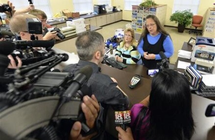 Federal judge orders Kentucky clerk and her staff to court