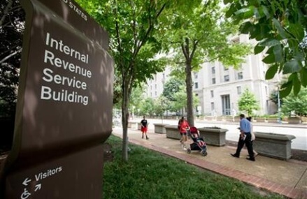 No checks, please: IRS no longer takes checks for $100M