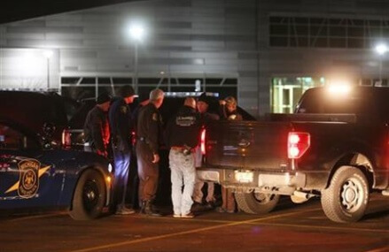 6 killed in Michigan parking lot shootings; suspect arrested