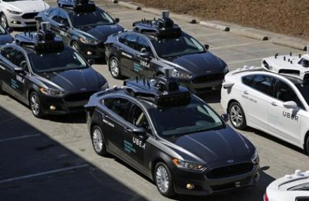 Uber gives riders a preview of the driverless future