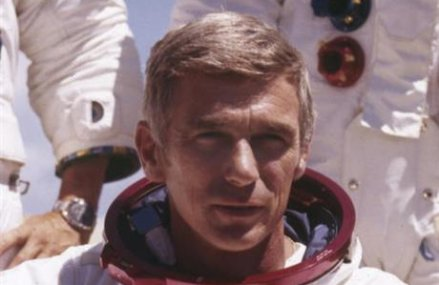 Gene Cernan, last astronaut to walk on the moon, dies at 82