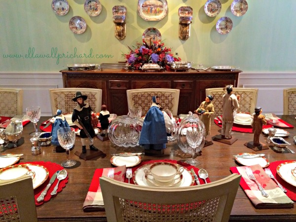 Thanksgiving table close-up