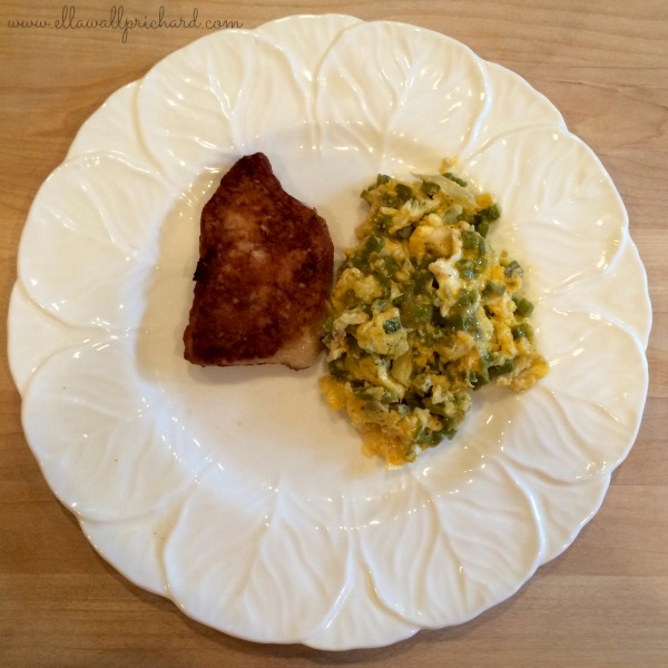 scrambled eggs with nopalitos