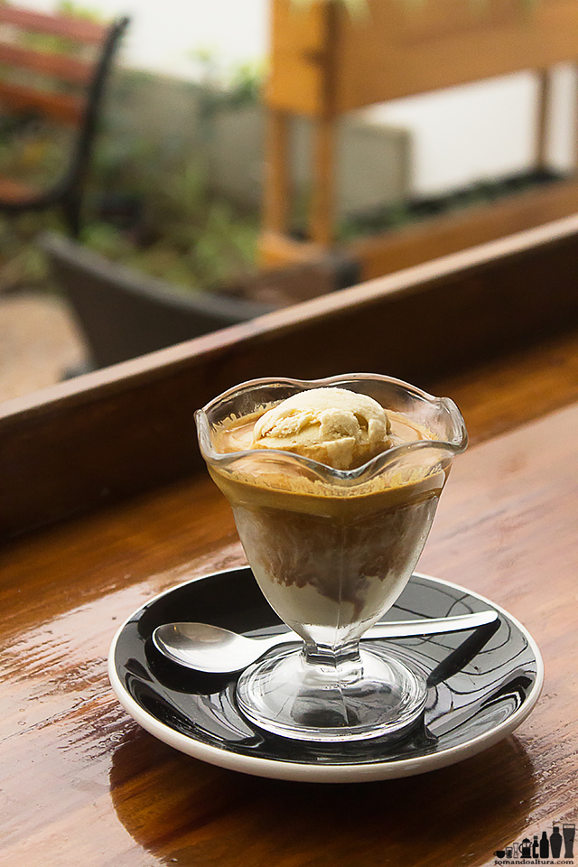 Cremoso affogato en The Coffee Road.