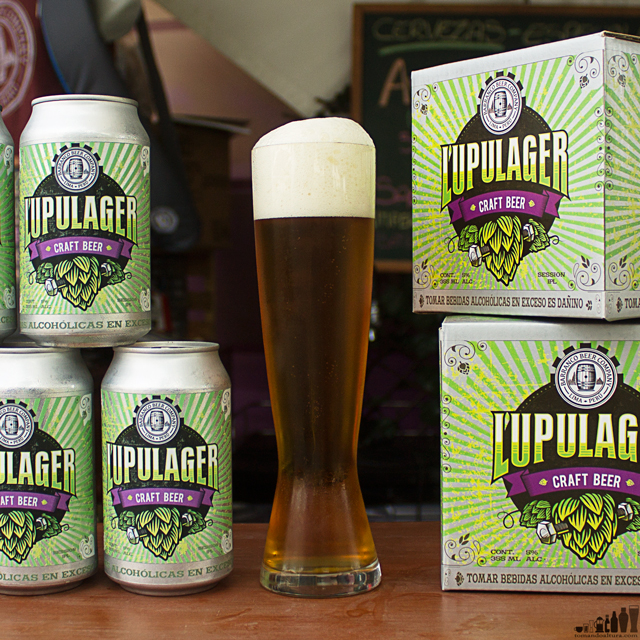 Barranco Beer Company: Lupulager.- Alcohol por Volumen: 5 % | Amargor: 38 IBU | Color: 6 SRM aprox.