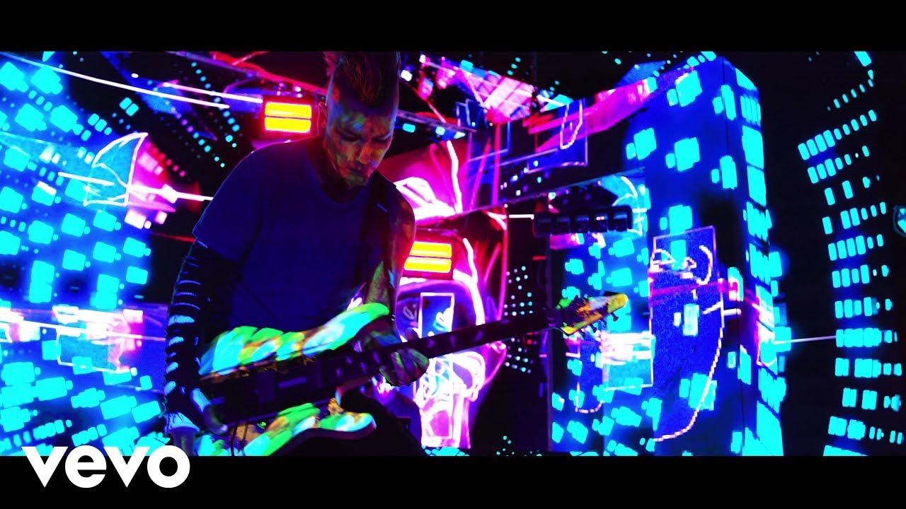 Ex-GUNS N' ROSES Guitarist DJ ASHBA Releases Music Video For EDM Single 'Hypnotic'