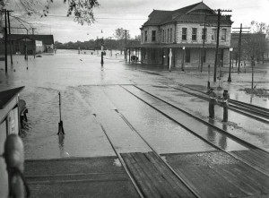 Scanned Negative of the Santa Fe Depot in Ottawa (now the Old Depot Museum) during the 1945 flood. Photo by J.B. Muecke. (Click on the image to enlarge.) 2012.022.0724
