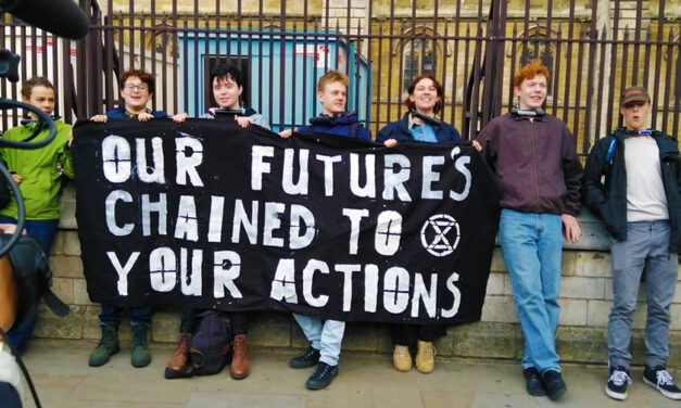 Extinction Rebellion paralyses London