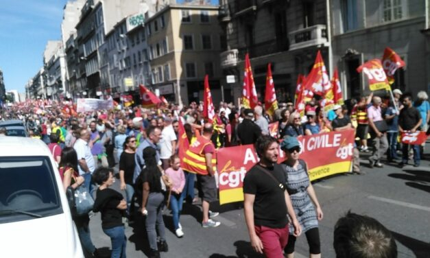 Workers step up resistance to Macron, but left continues to stagnate