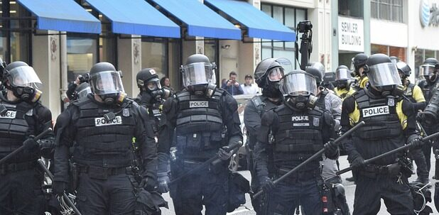 USA: Trump toys with a Police State