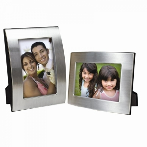 NE Brushed Silver Curved Frame8857.jpg