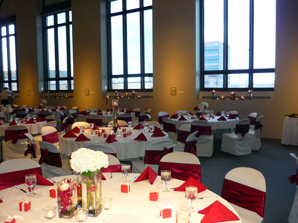 Sioux-Falls-Wedding-Reception-Venue-Washington-Pavilion-in-South-Dakota-10-copy