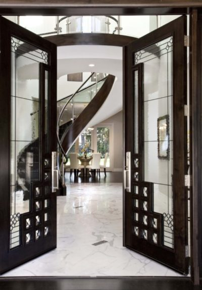 Luxurious-glass-hallway-door-inside-an-expensive-mansion