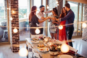 11 Hosting Tips: The Secrets Behind The Best Holiday Parties