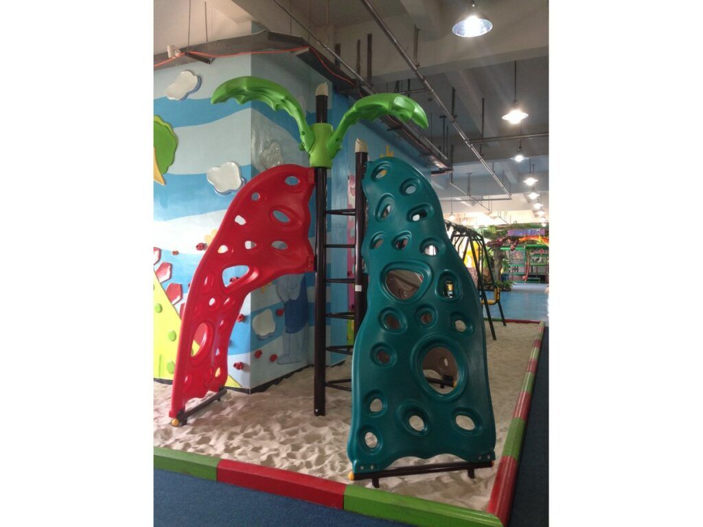 Climbing Wall | Play Outdoor