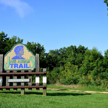 Jane_Addams_Trail_Head_1