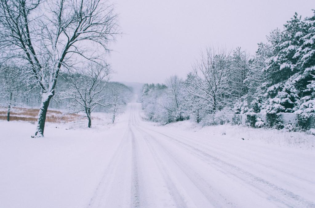 blackhawk-drive-winter-middleton-wisconsin