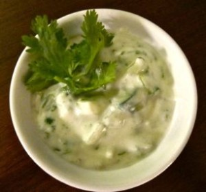 Raita (Indian Yogurt Sauce)