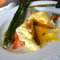 Eggs Benedict with Smoked Salmon and Lemony Hollandaise