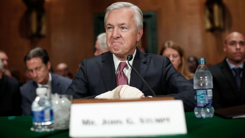 John Stumpf ex-ceo de Wells Fargo Bank