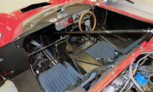 used-1965-detomaso-sport-5000-9430-12156284-39-640