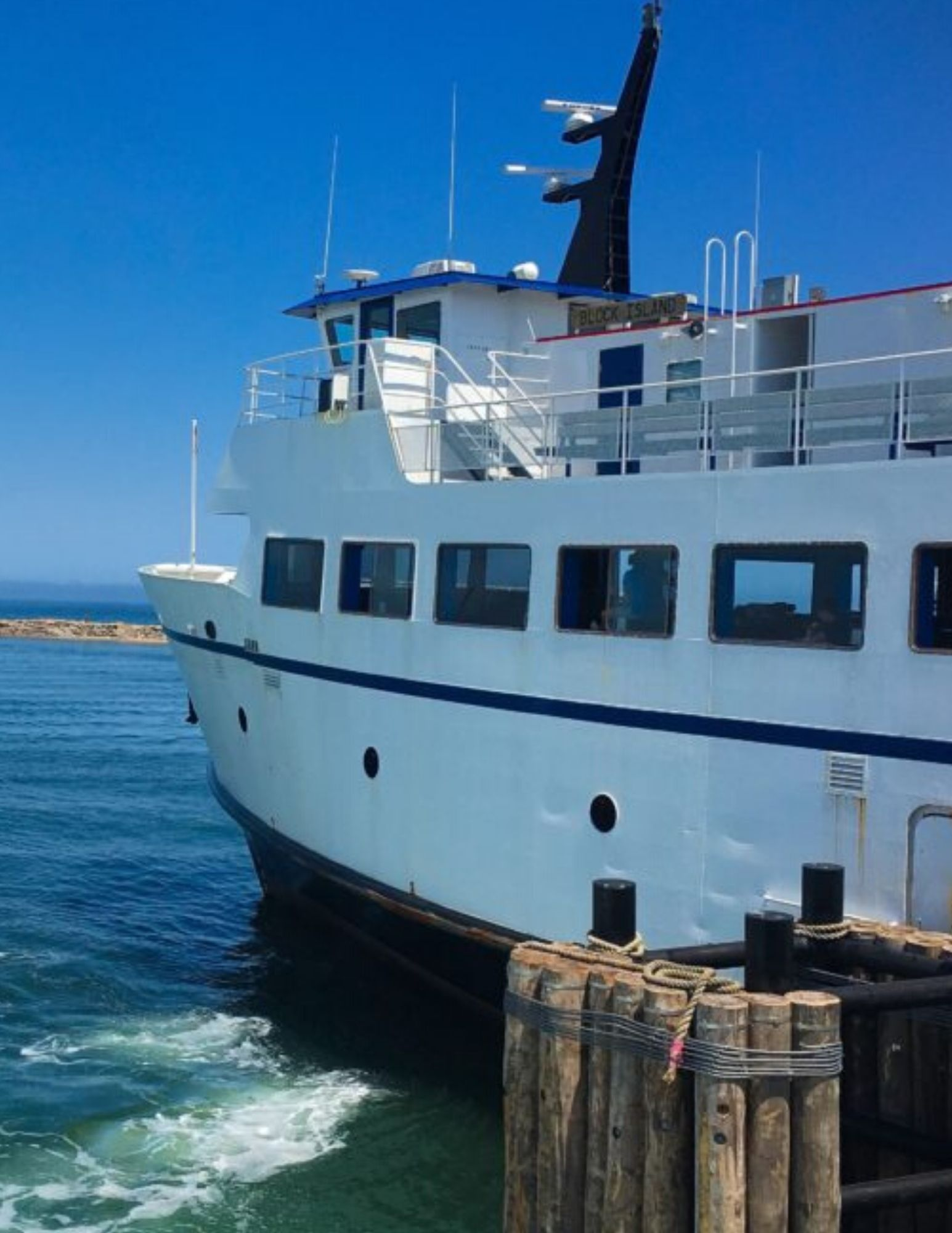 Block Island Travel and Tour Guide-13