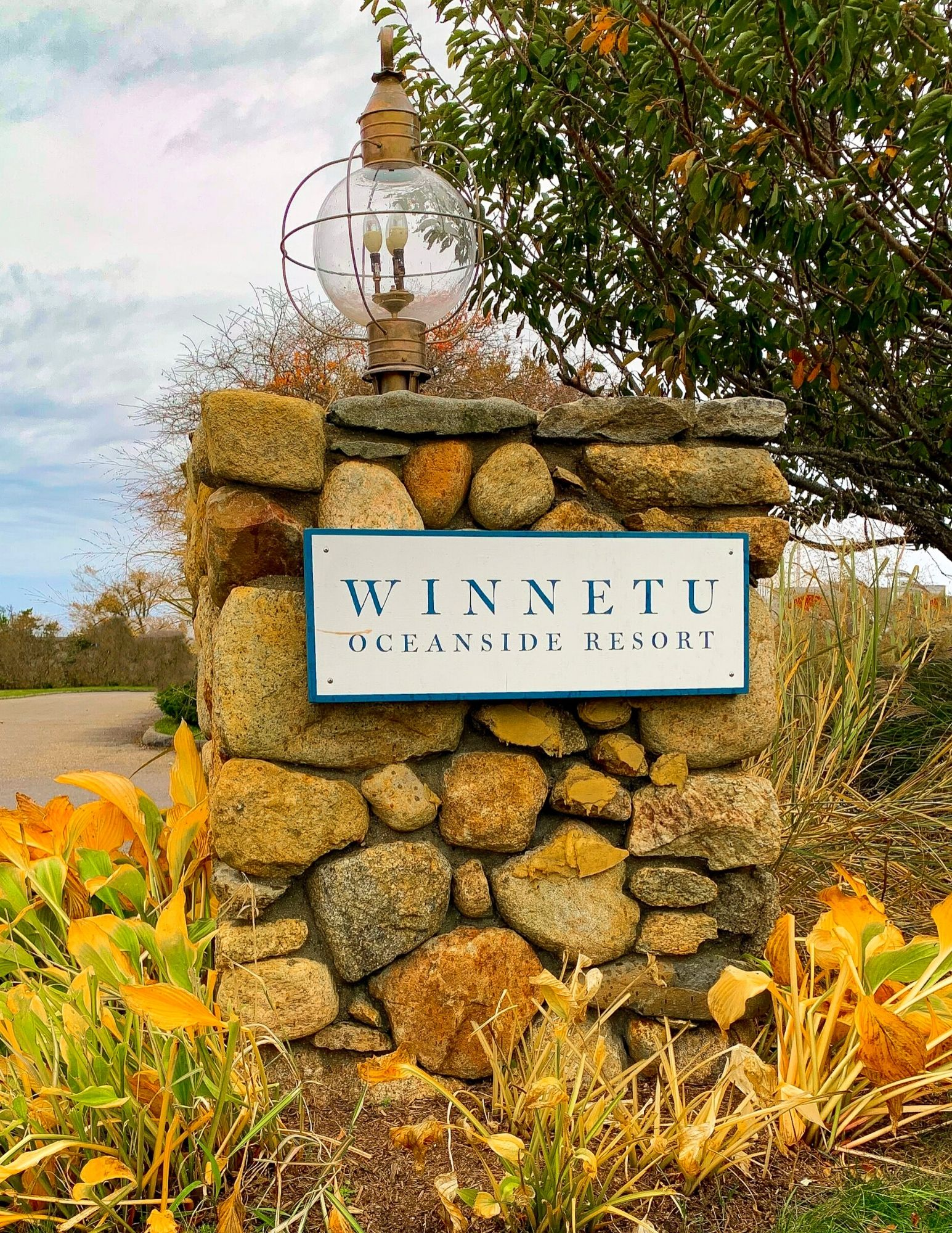 The Winnetu Oceanside Resort in Marthas Vineyard-12