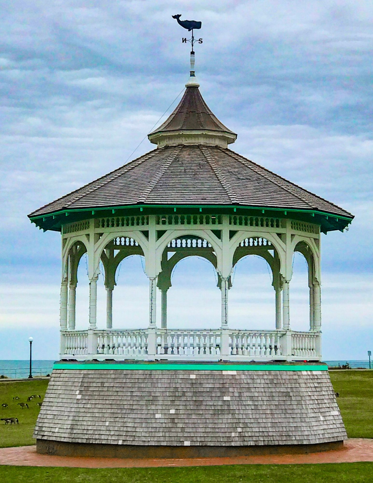 The Winnetu Oceanside Resort in Marthas Vineyard-19