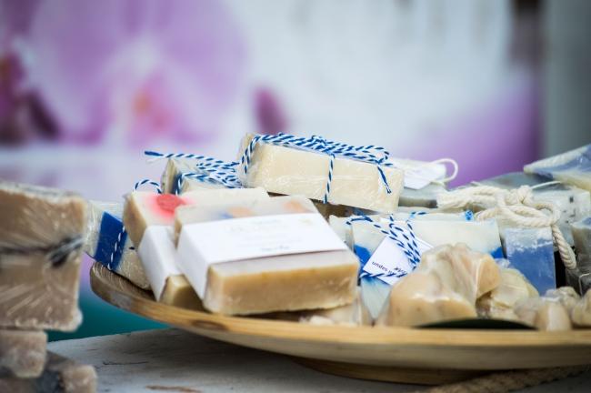 lakeside-living-design-candles-soaps-scents-lavender-summer