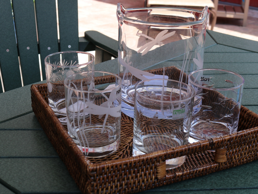 Lakeside-Living-54545-WI_Outdoor-Entertaining_Assorted-Rocks-Glasses-and-Pitcher