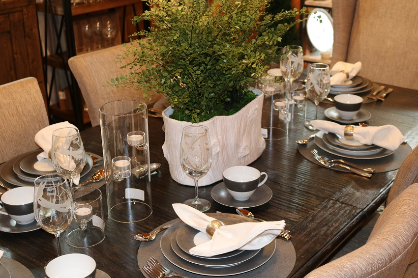 Lakeside-Living_Manitowish-Waters-WI_5-Easy-Ways-to-Liven-Up-Your-Indoor-Entertainment_You-Are-Cordially-Invited_Family-Dinner_Place-Settings_Dining-Table