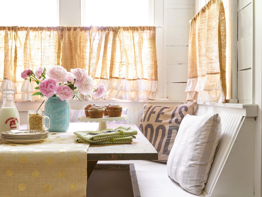 Lakeside-Living_Manitowish-Waters-Wisconsin_Northwoods-Interior-Design_Ready-to-Beautify-Your-Windows_Our-Team-is-Here-to-Help_Cafe-Curtains-on-Cabin-Windows-in-Dinette-Area